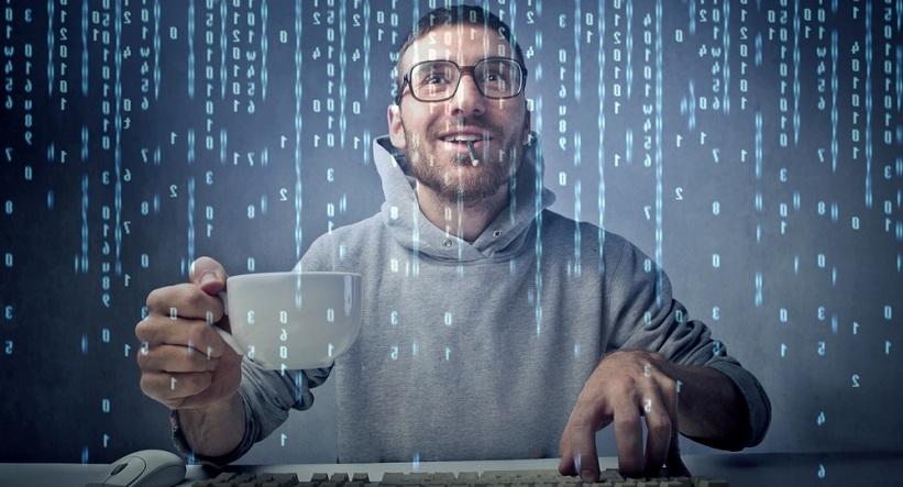 Những yêu cầu cần có khi theo học ngành Công nghệ thông tin