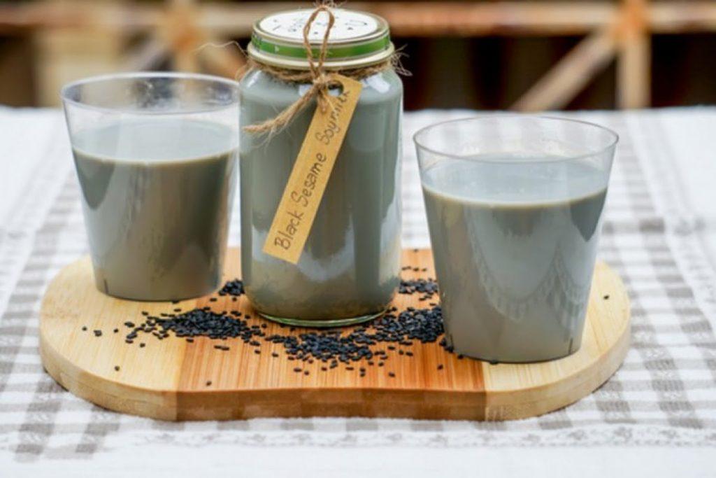 Sữa đậu nành mè đen thần dược cho sức khỏe
