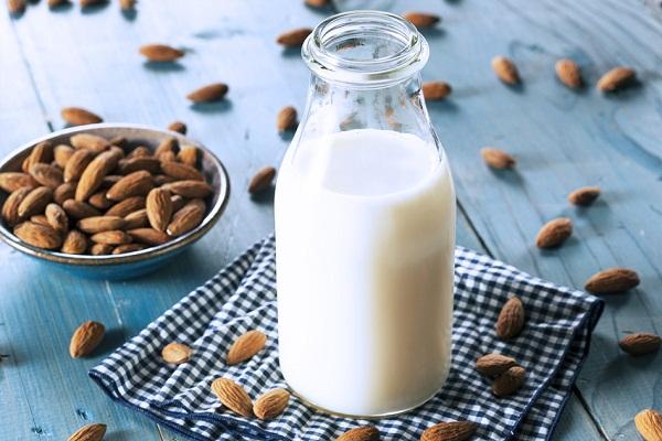 sữa đậu nành hạnh nhân